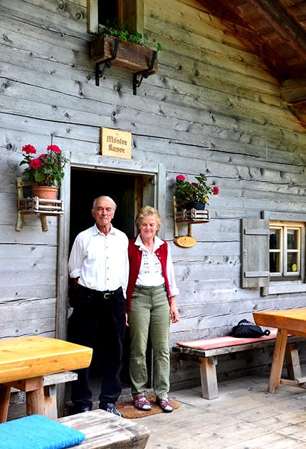 山小屋のメーズラーさん夫妻