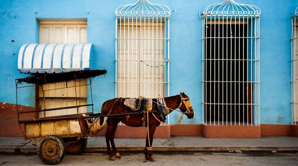 馬は切符切られない? キューバ・トリニダ