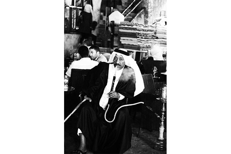 (107)紳士の優雅な振る舞いに魅了 永瀬正敏が撮ったカタール