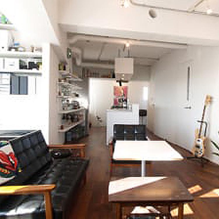<54>DJブースとキッチンを斜めにしたら
