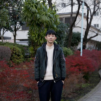 渋谷の街でイメージを膨らませて 「ロキト」木村晶彦
