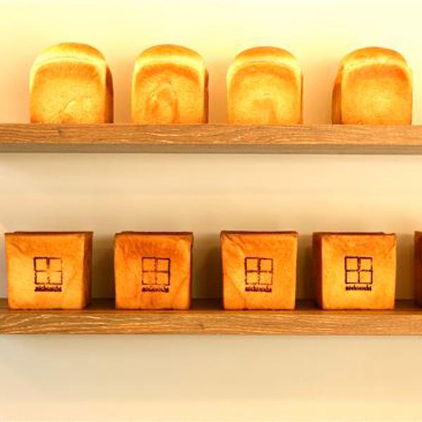 絶妙のふわふわ 住宅街のやさしいパン / nichinichi