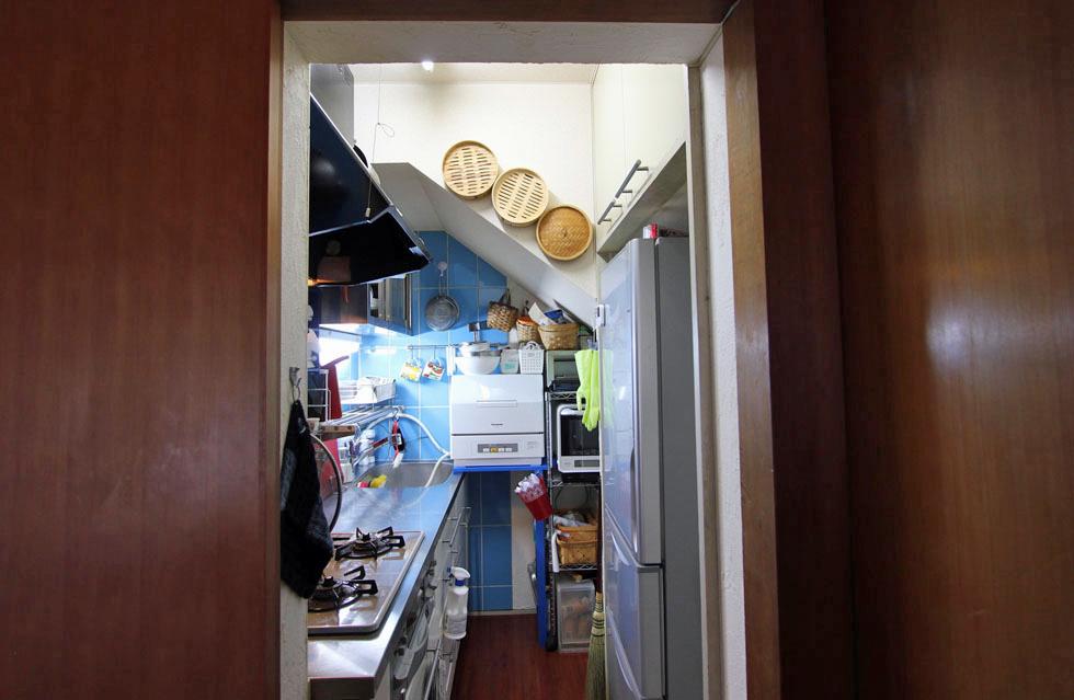 <145>離婚して実家へ。納戸を台所に大改造!