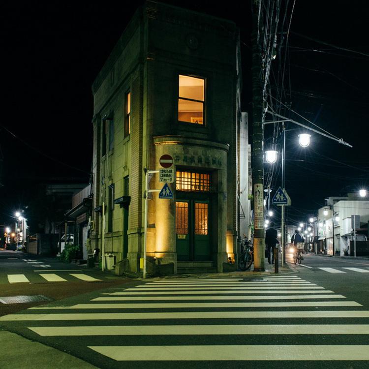 旧鎌倉銀行ビルに復活、伝説のバー THE BANK(前編)