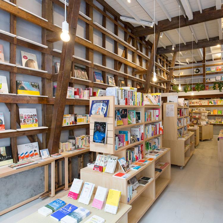 <77>読む喜びと書く楽しみ 元新聞記者が田原町で始めた小さな本屋