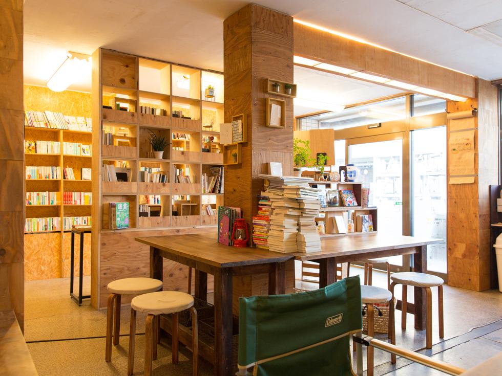 <79>人生を変える出会いが。学生街の手作り古本屋カフェ「sunny day ring」