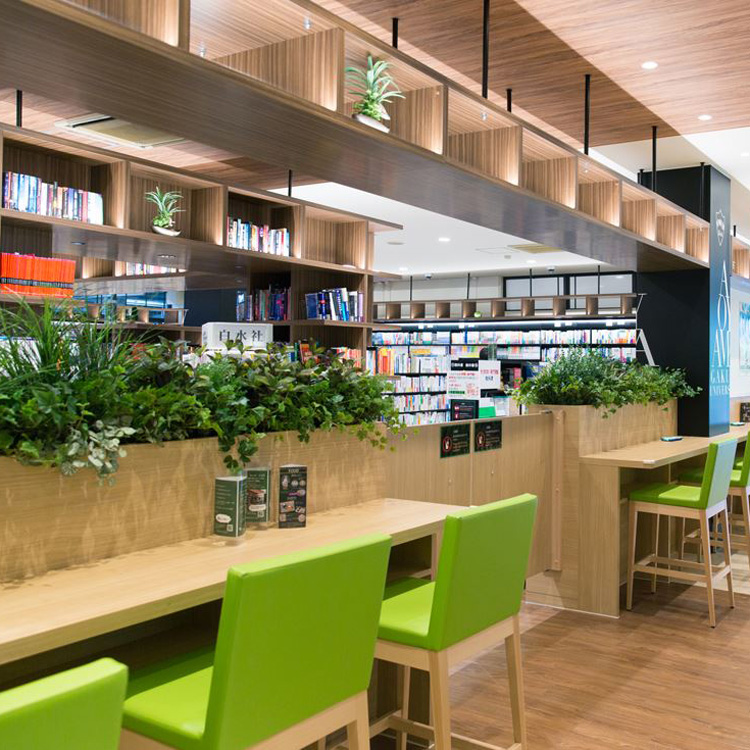 <87>洋書が充実 青山学院大学の穴場「AGU Book Café」