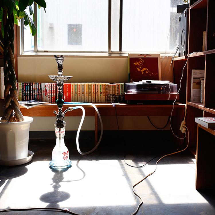 水タバコから会話が始まる 「いわしくらぶ東京」