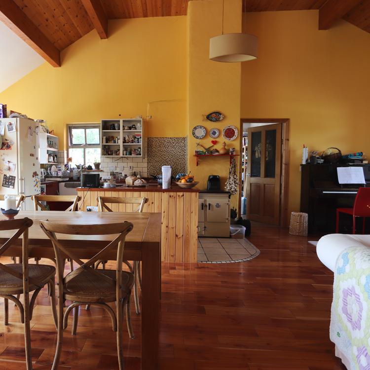 番外編:<アイルランドの台所 1> 住まい、食。半自給自足の暮らしの起点は伝統音楽 (前編)