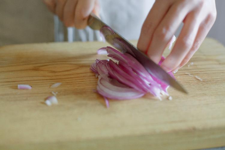 料理家・冷水希三子さんインタビュー 「食べてくれる人の喜ぶ顔が見たいから」