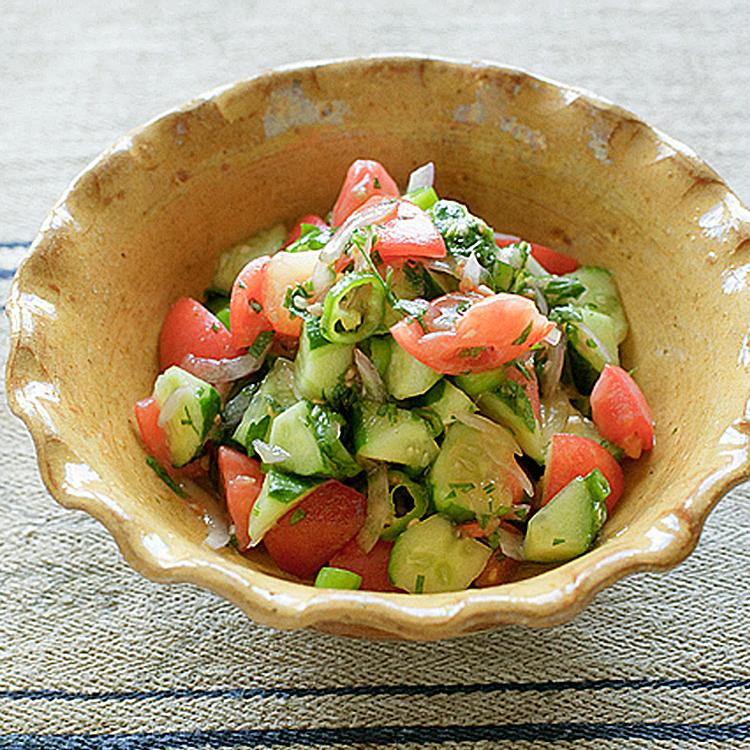 夏野菜たっぷり、ハーブ香る「羊飼いのサラダ」