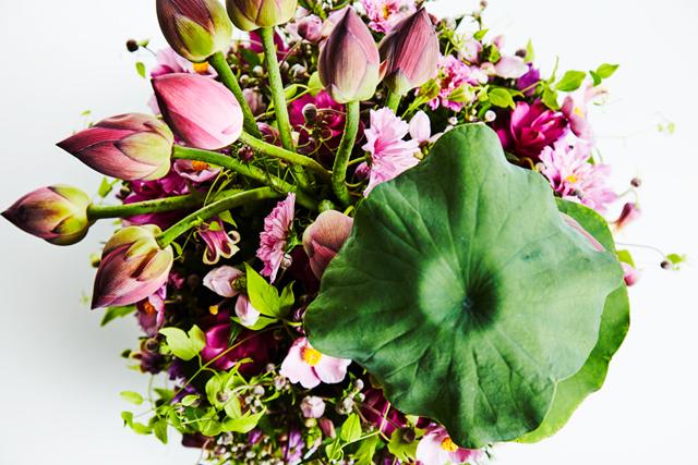 「蓮の花を絵手紙に描きたかった……」子宮がんを患った母へ花束を