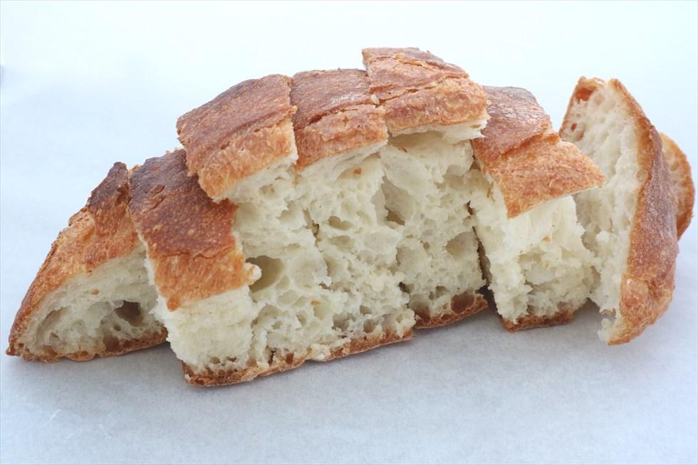 地元の人たちを幸せにする、うっとり夢心地のパン/ブーランジュリードド