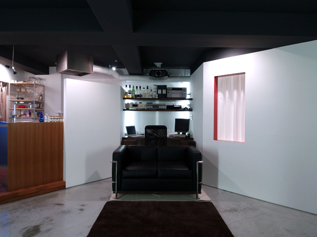 """<strong><a href=""""/and_w/life/gallery/renovation20140903/"""">リノベーションの写真はこちら</a></strong>"""
