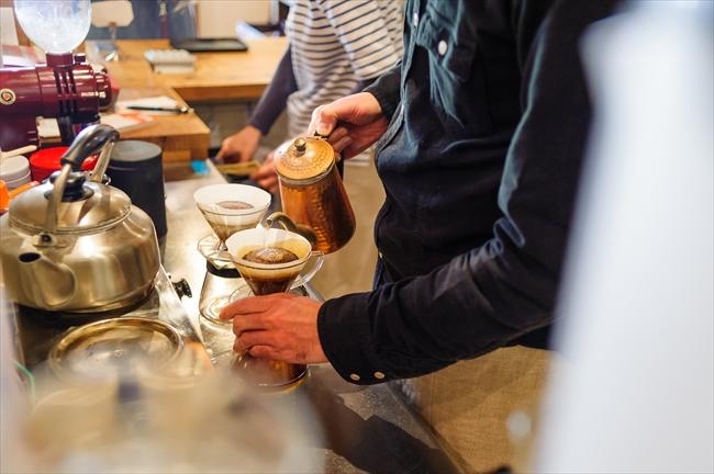 選び抜いた豆と、それに適した焙煎・淹れ方から1杯のコーヒーが生まれる