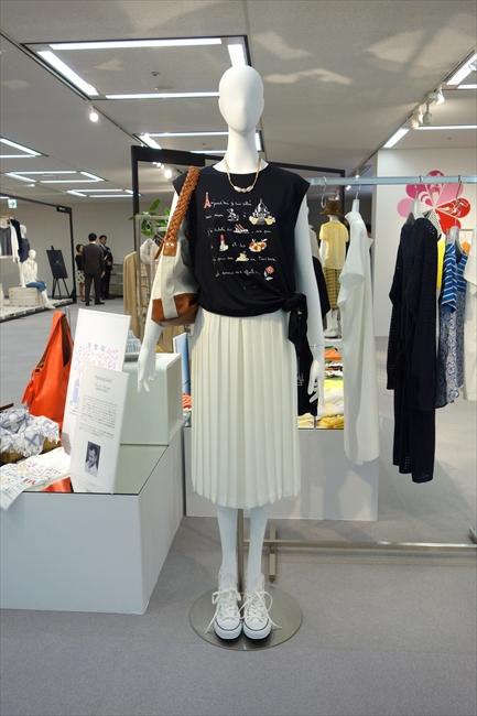 エンスウィートの2017年向けプリーツスカート