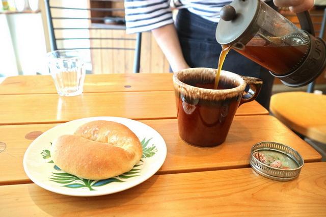 カフェパランにてコーヒーあんぱんと、エチオピアのモカ・シダモを合わせる
