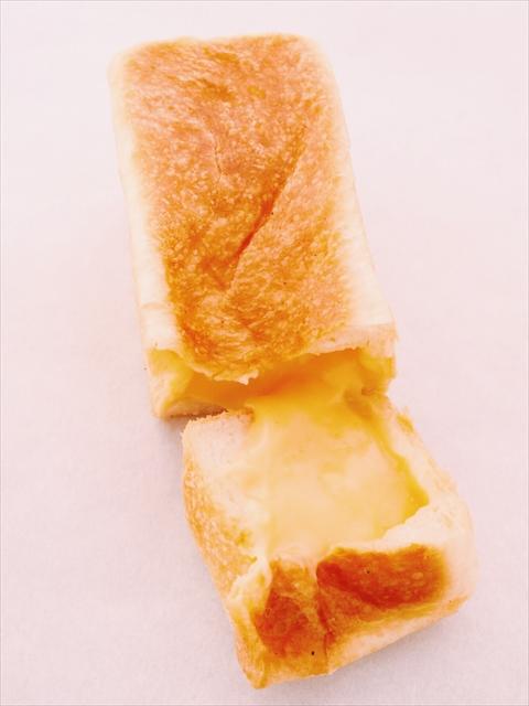 「食パン×クリーム」が大人気