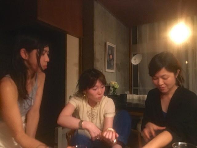 歌姫会。左から、UAさん、中納良恵さん、原田郁子さん