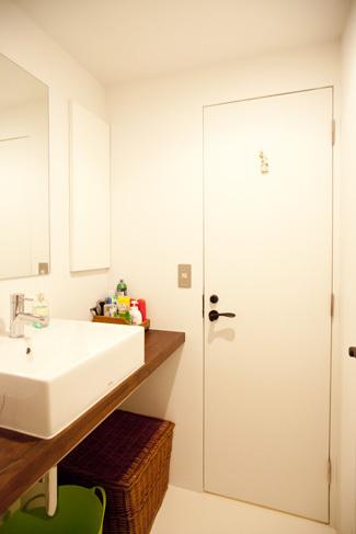 シンプルで使いやすい洗面所