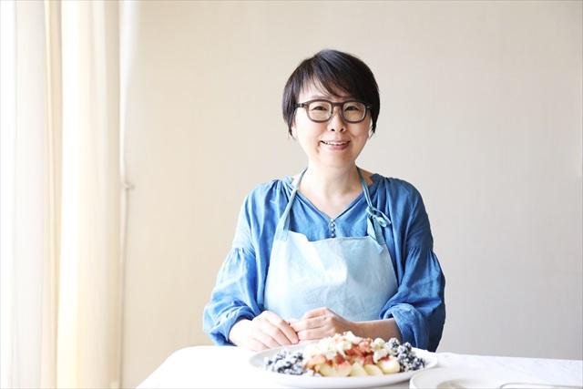 笑顔がキュートな福田里香さん。さっぱりした語り口のおしゃべりが楽しい