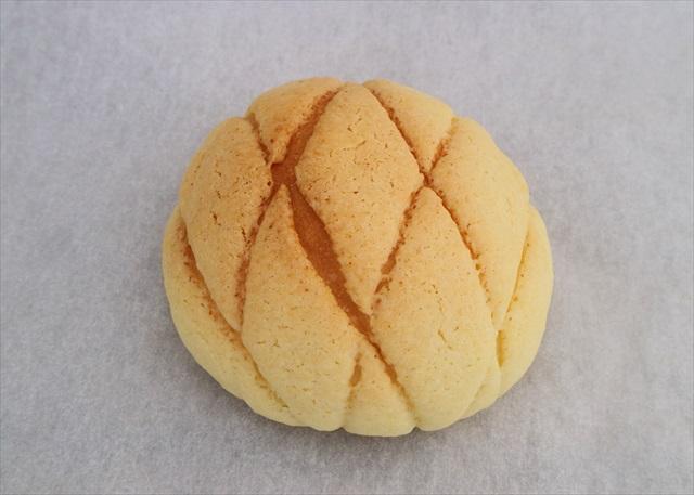 ももふくふくメロンパン