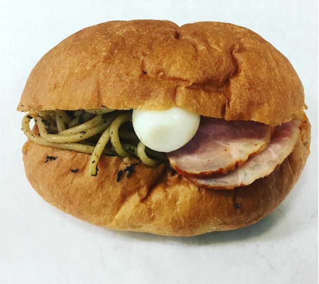 BEAVER BREADが「ニボパスタパン」をライブ提供!(イメージ。実際に麦フェスで提供される商品と異なります)