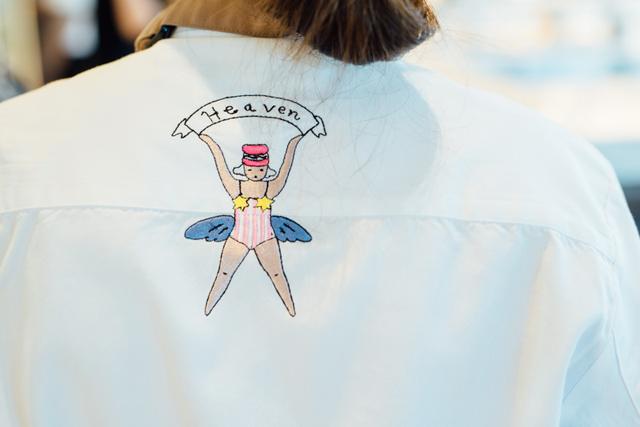 ユニホームのバックにはかわいらしい天使が。「パティシエはみんな天使」というピエール・エルメの言葉に由来するそう。店名の<Heaven>もそこからきている