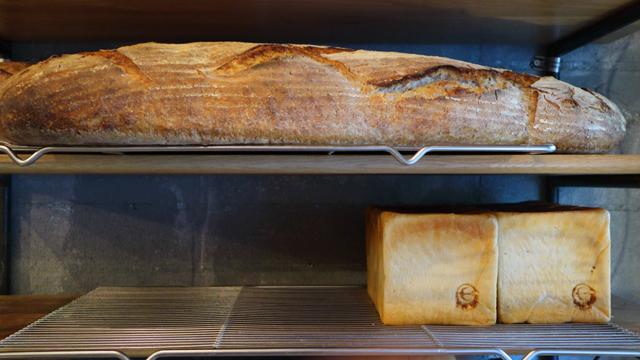 ライ麦カンパーニュ、角食パン