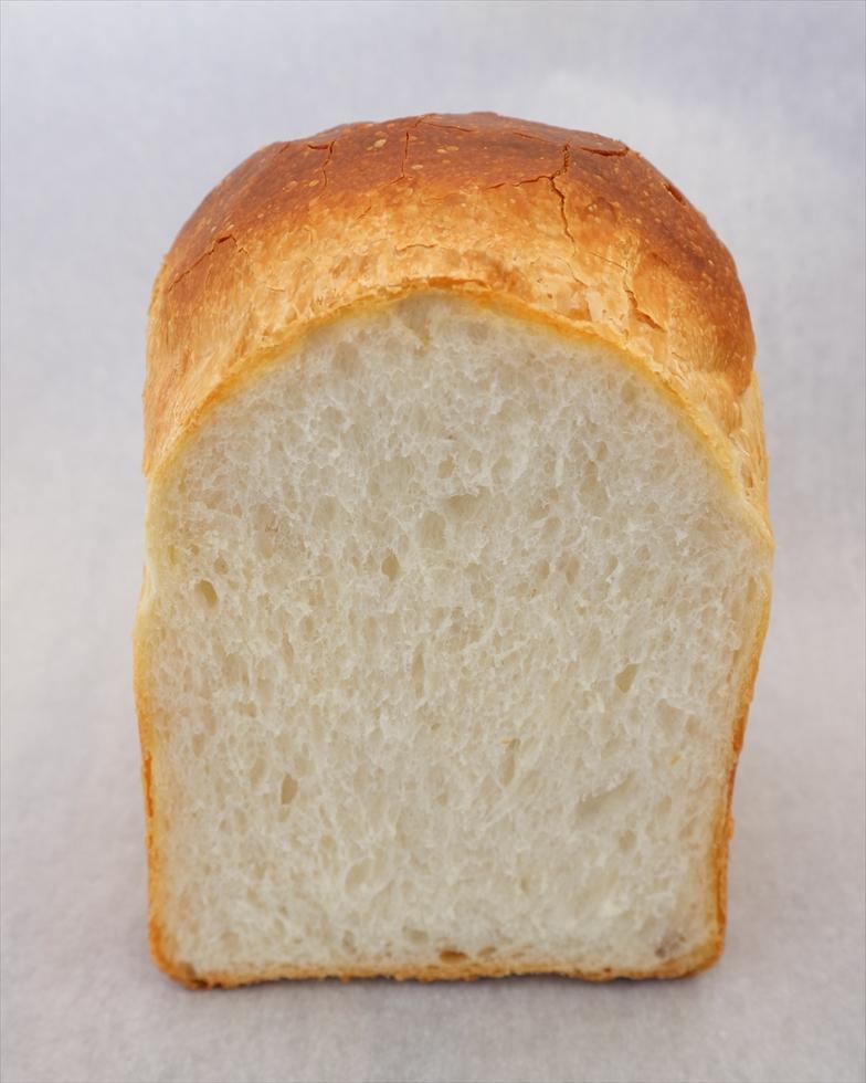 食パンブーム! 自家培養した発酵種ですべてのパンを焼きあげる食パン専門店/KUKULI