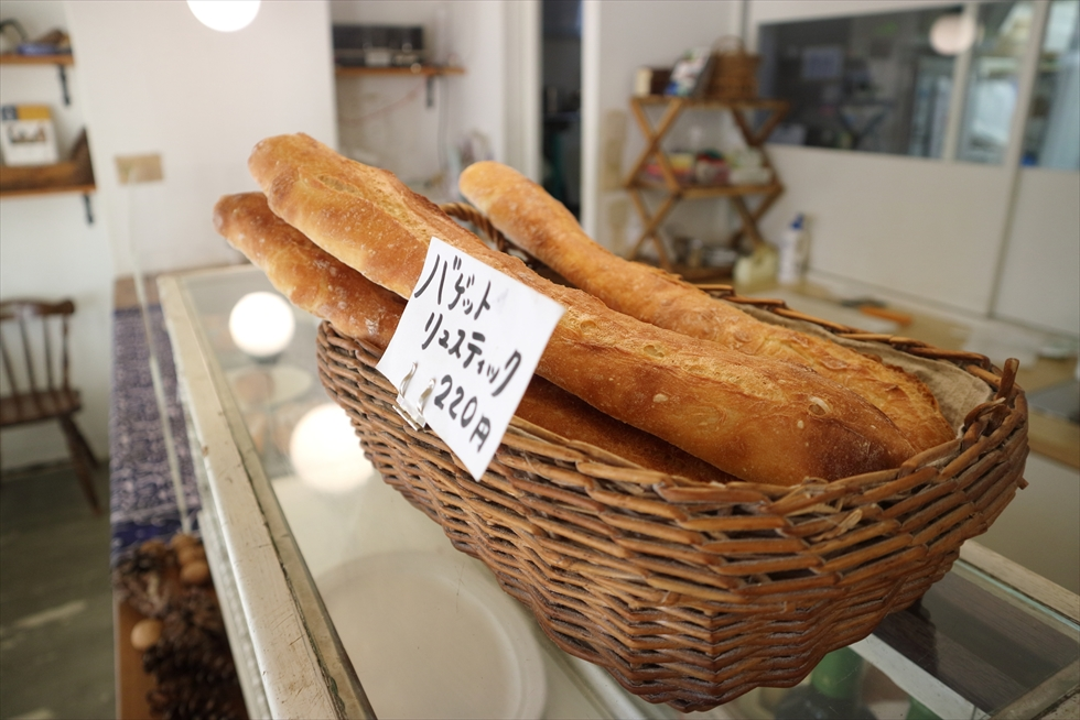 やわらかいパンはよりやわらかく、硬いパンもやわらかく/ヨシダベーカリー