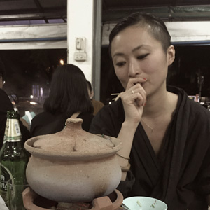 川村明子さん&室田万央里さん パリの移民文化と「故郷の味」と。おいしいコラムを、2021年も