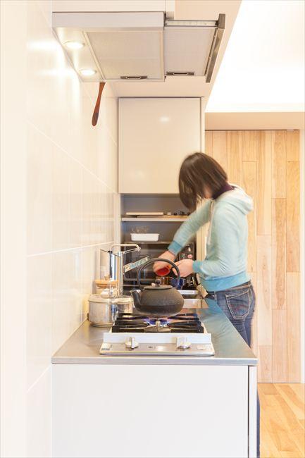 <105>奥行き50センチのキッチン