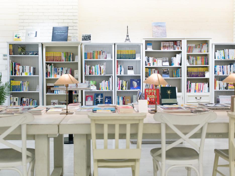 <110>理想の旅行先を探しに行こう 「H.I.S.旅と本と珈琲と Omotesando」 「Cafe Cross Point」