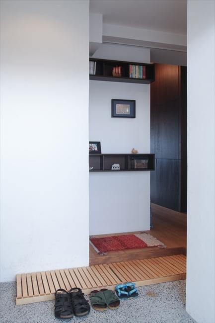 <89>写真現像用の暗室と広めの玄関を
