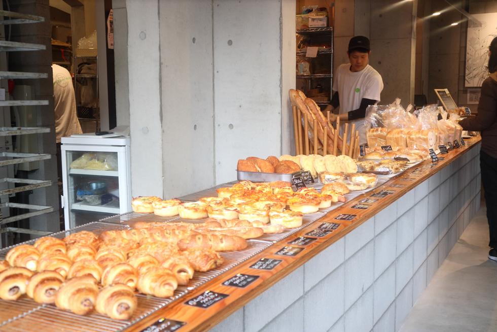 地元マダムに大人気!そそる惣菜パンが目白押しのパン屋/ゴンノベーカリーマーケット