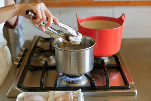 だしから作る、新年のためのお雑煮