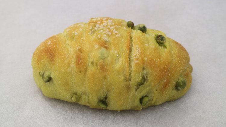 「駿河湾産桜海老のチヂミ風フォカッチャ」など豪華食材使用のホテルのパン屋/ル・パン神戸北野