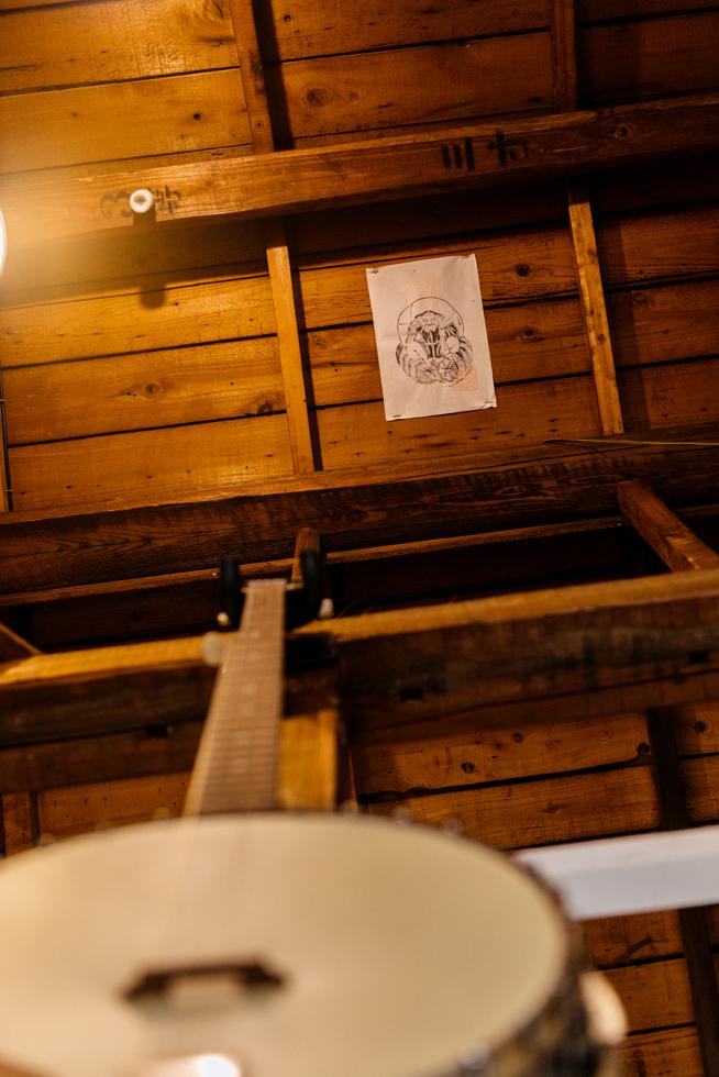 辻堂、厳密とひらめきのカレーと家具。「siihouse」