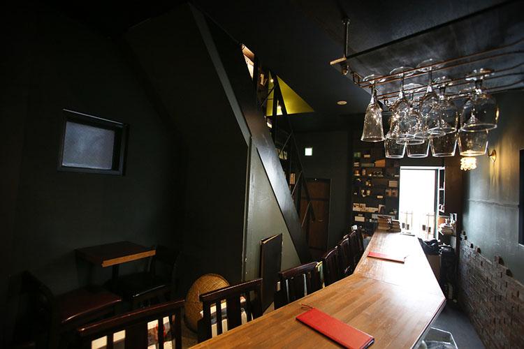 <113>研究者気質が光る味 神保町の隠れ家「眞踏珈琲店」