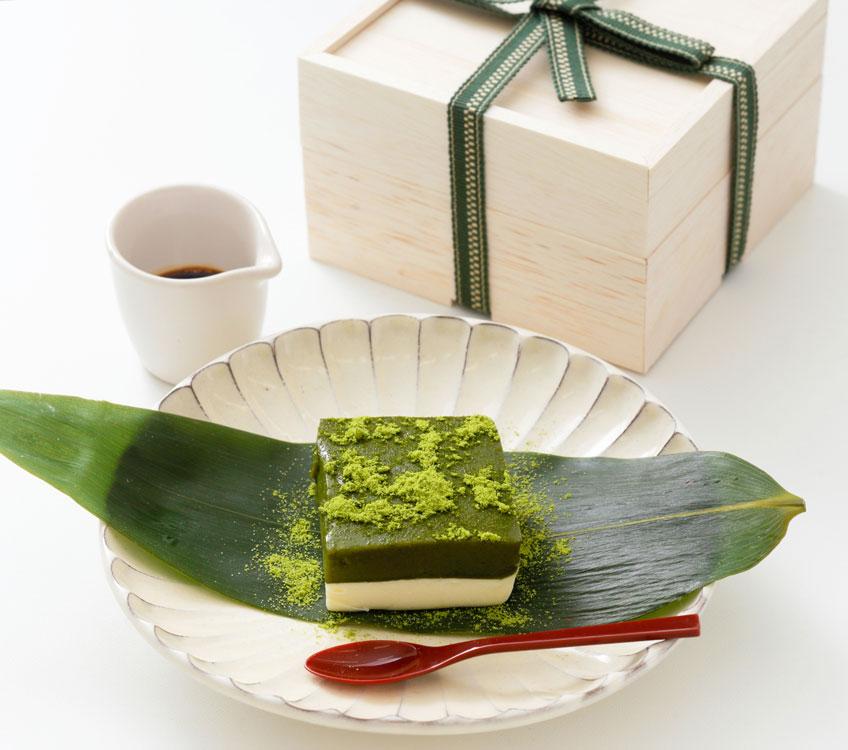 「くろぎ茶々」の常葉 白練  菊池武夫さん