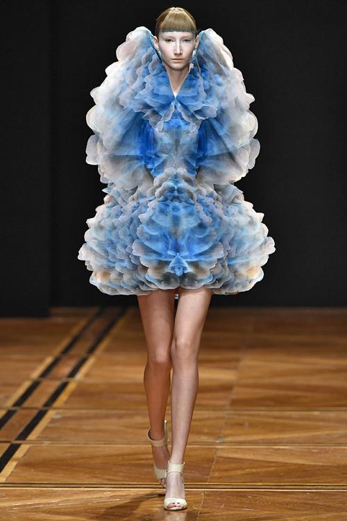 ポストヒューマンなファッションとは? 何が求められているのか