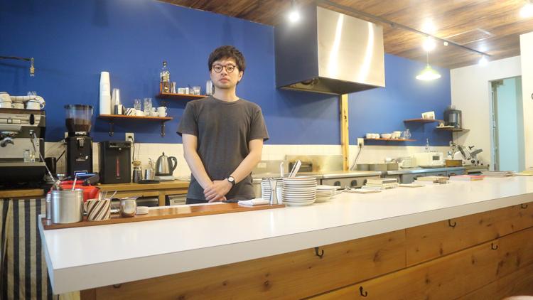 コーヒー焙煎士が焼く絶品の自家製食パン/メガネコーヒー