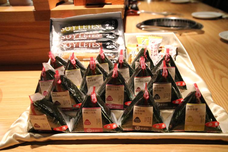 石川佳純選手ら卓球の日本代表選手を「ニッポンの食」で応援!