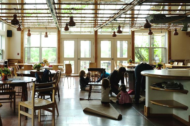 シェアの先の共同生活。ニューヨーク州イサカの「エコビレッジ」
