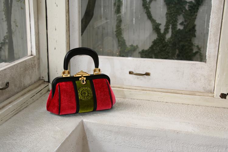 世界のセレブリティーたちを魅了したエレガントなバッグが、期間限定で登場