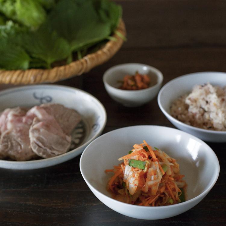 手作りキムチで楽しむ、韓国風ポッサム(豚のゆで肉)