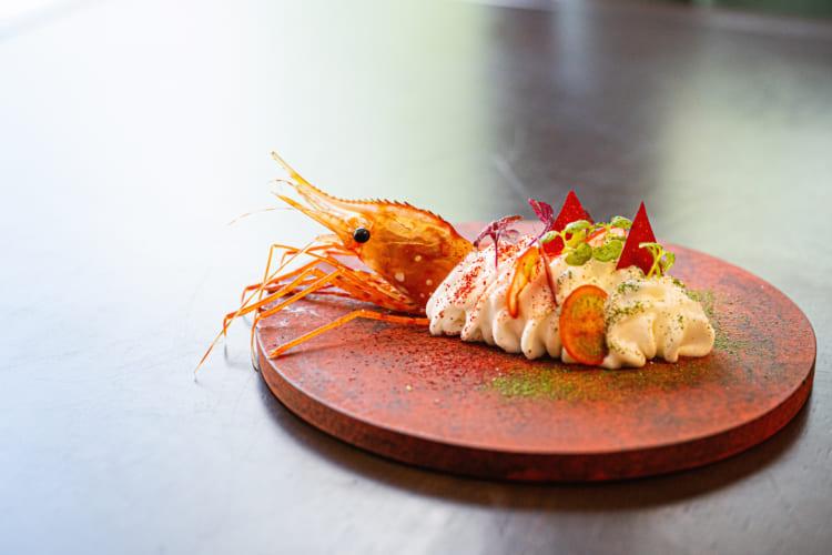 <6>食材の魅力を後押しする、日本人作家の器/シンシア