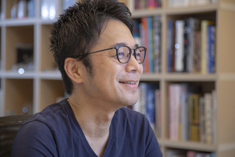 東京2020 聖火リレートーチ デザイナー・吉岡徳仁さんの五感と5分間。「人が感動するのには、5分も必要ない」