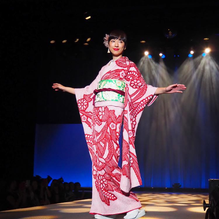 着物、ランウェーから伝統と革新 東コレ関連イベント「着るきっかけに」